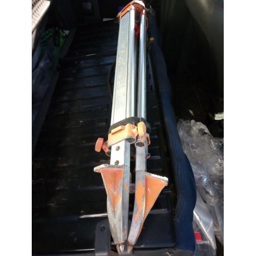 Штатив геодезичний алюмінієвий великий під нівелір теодоліт тахеометр